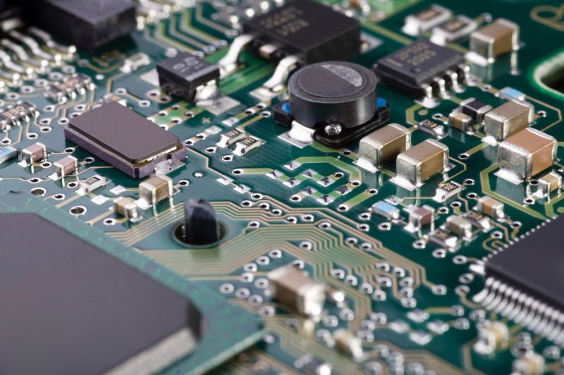 12 Biggest PCB Mistakes – From Layout to Manufacturing