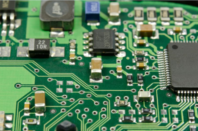 Difference between Analog Circuits and Digital Circuits