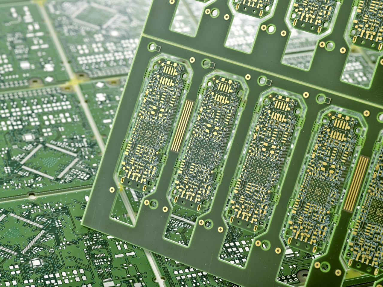 Determination of Dielectric Constant Of Printed Circuit Boards