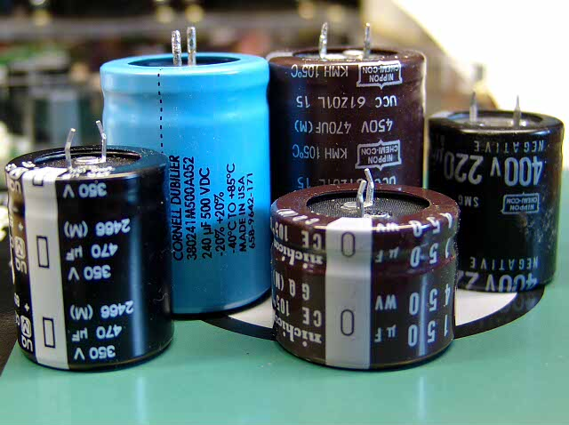 14 facts on Capacitors